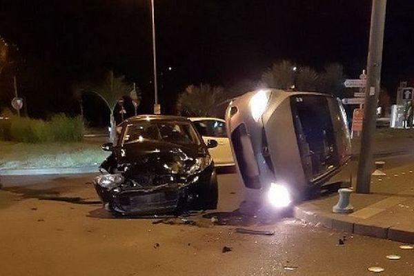 Collision novembre 2019 carrefour Chaussée-Royale, rue Poivre