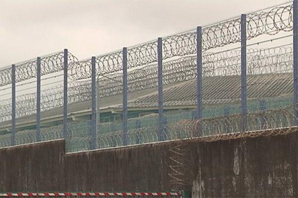 Prison Ducos