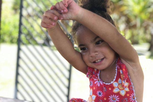 Néima, deux ans et demi, va subir une opération à cœur ouvert le 29 décembre à Bordeaux.