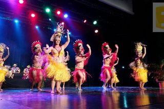 Le groupe de danse Hei Rurutu,