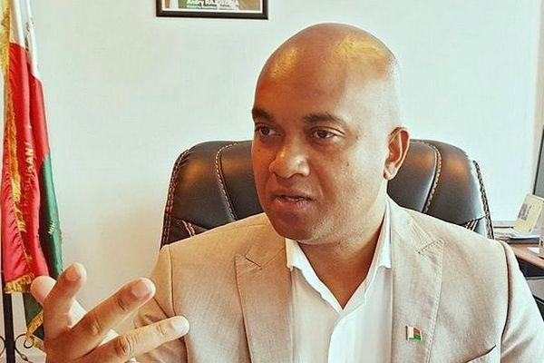 Ministre de l'Intérieur de Madagascar Tianarivelo Razafimahefa