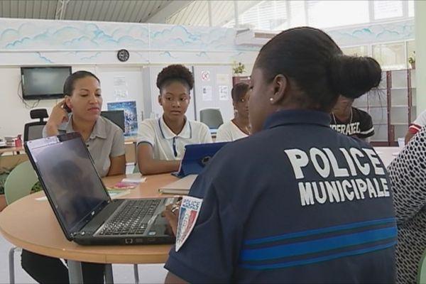 Jeunes et police