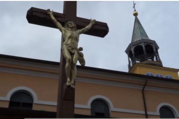 Confinement : la cathédrale Saint-Sauveur fermée et Cayenne ville morte