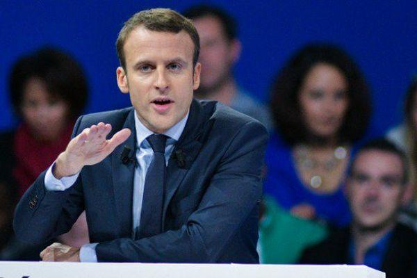 """Emmanuel Macron veut """"une meilleure prise en compte des réalités ultramarines"""""""