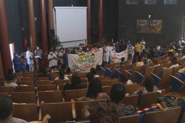 IFSI manifestation des personnels de santé