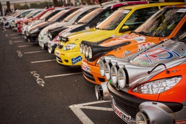 Tour auto rallye voitures sport mécanique