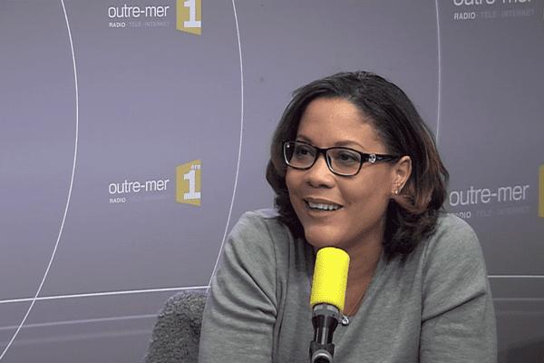 Invité du Jour de Matin1ere La journaliste Karine Baste-Régis