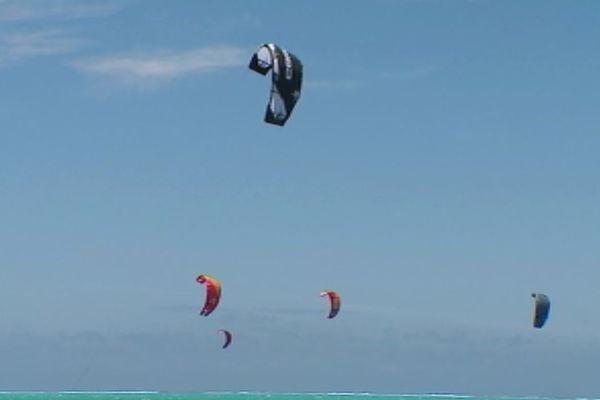 Kite Surf freestyle : 7e étape de la coupe du monde (bourail)