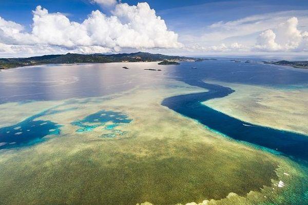 La passe en S du lagon de Mayotte