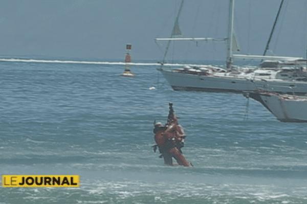 Hélitreuillage : exercice de sauvetage en mer