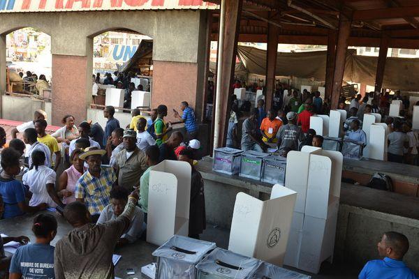 Centre de vote à Canapé Vert, à Port-au-Prince, Haïti