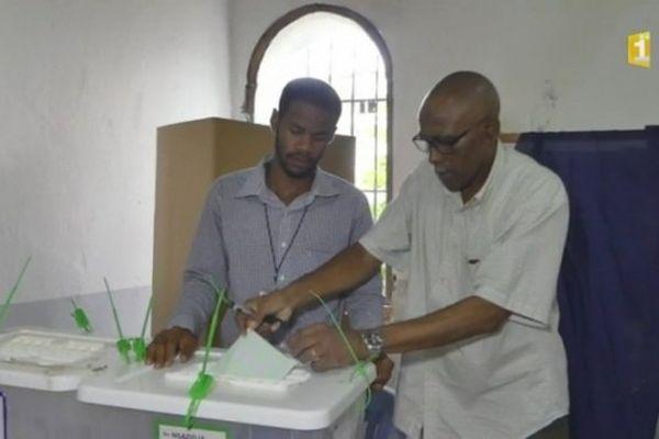 20160223 Comores