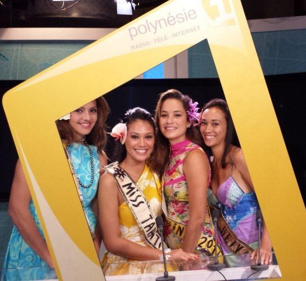 Miss Tahiti et ses dauphines à Polynésie 1ère