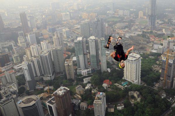 saut en chute libre malaysie