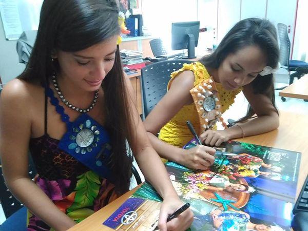Vaiata Buisson, 1ère dauphine et Vanille Guyot-Sionnest 2ème dauphine Miss Tahiti 2016