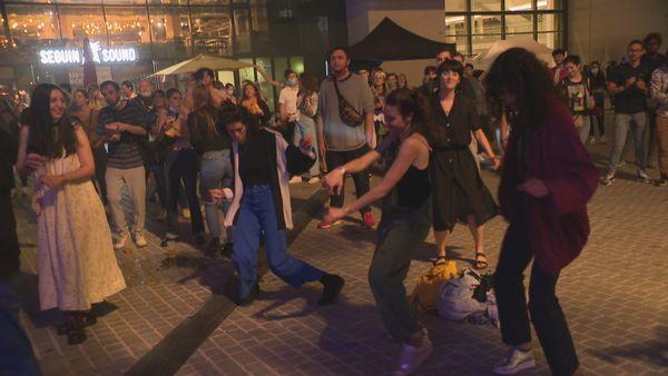 Le groupe Quinzequinze en concert : à 5, ils diffusent la musique et la culture polynésienne en métropole