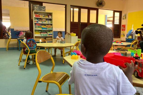 Retour des élèves dans les écoles de Guyane