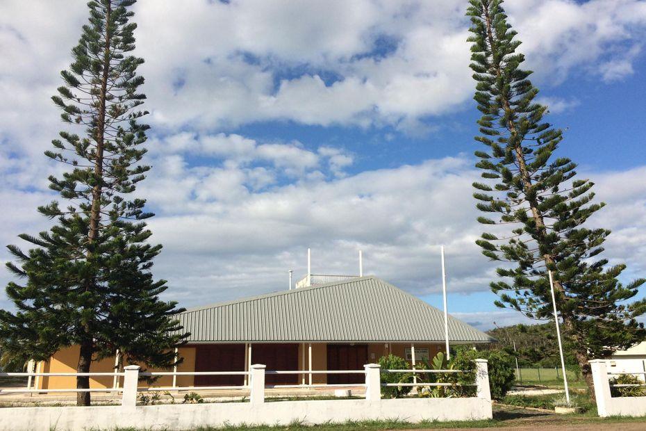 La mairie de Poum marque son ras-le-bol des dégradations - Nouvelle-Calédonie la 1ère