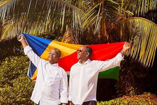 Danny Faure, ancien président et Wavel Ramkalawan, nouveau président des Seychelles 26 octobre 2020