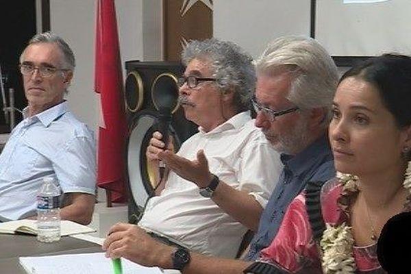IRD et Préfet Treffel reunion publique ressources marines
