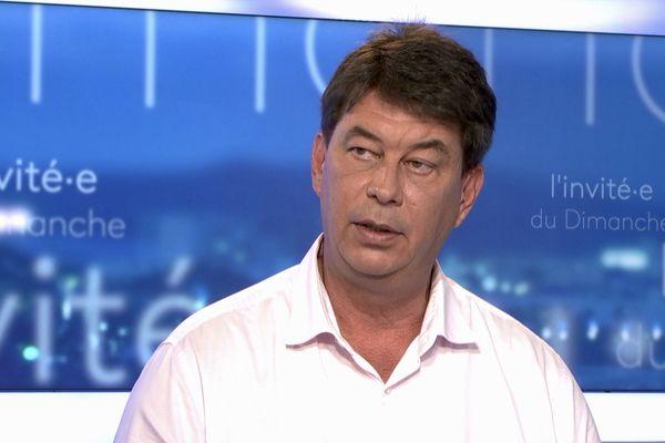 Thierry Santa, invité du journal télévisé en tant que président du Rassemblement, le 1er août 2021.