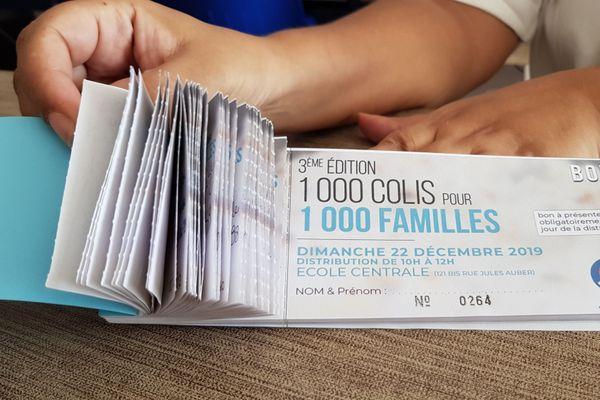 Distribution de colis alimentaires