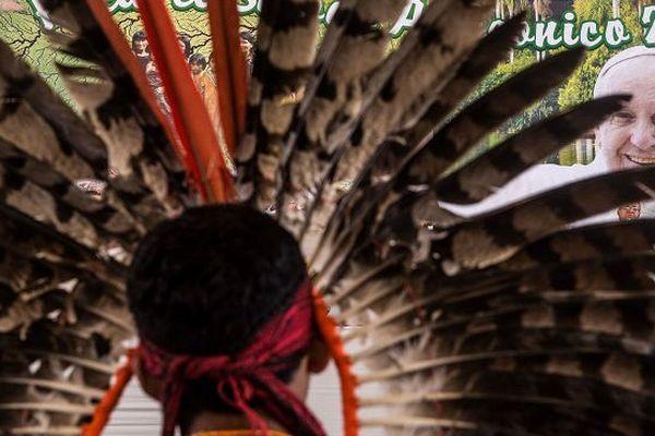 Pape Amazonie amérindiens