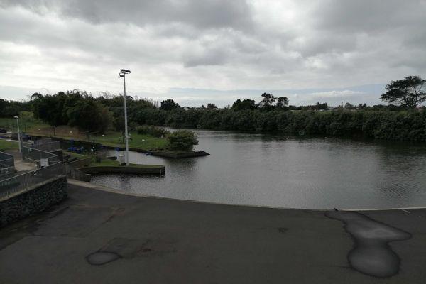 Le Stade des Eaux Vives à Sainte-Suzanne est fermé jusqu'à nouvel ordre