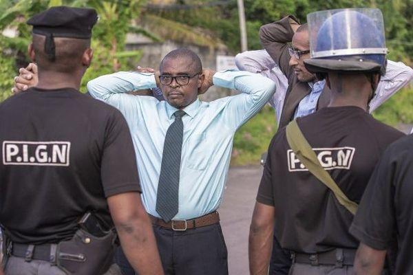 Bloquage des leaders de l'opposition aux Comores