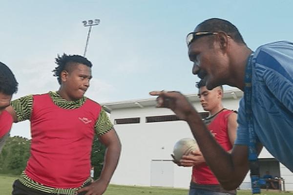 Dernier entraînement pour le rugby U17 pour les minijeux du Vanuatu