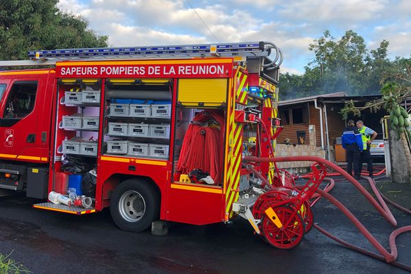 Quatre morts dans un incendie à Saint-Benoit