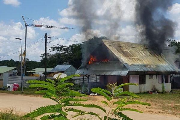 incendie le 22 août à Maripasoula