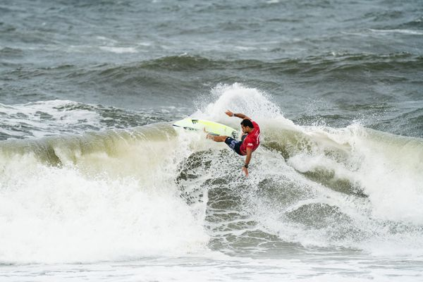 Michel Bourez surf JO2021 - 1/4 de finale