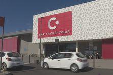 Les galeries commerciales, comme celle Sacré Coeur au Port, se préparent à rouvrir ce mercredi 19 mai 2021