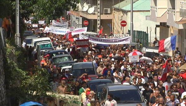 Manifestation pour le drapeau commun, à Nouméa.