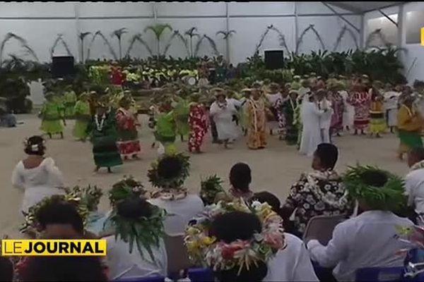 Les matahiapo à la fête aux Iles Sous Le Vent