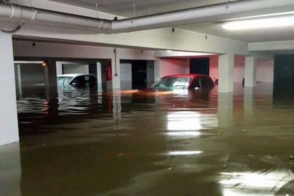 De nombreux parkings dont celui du Trésor ont été inondés le week end dernier