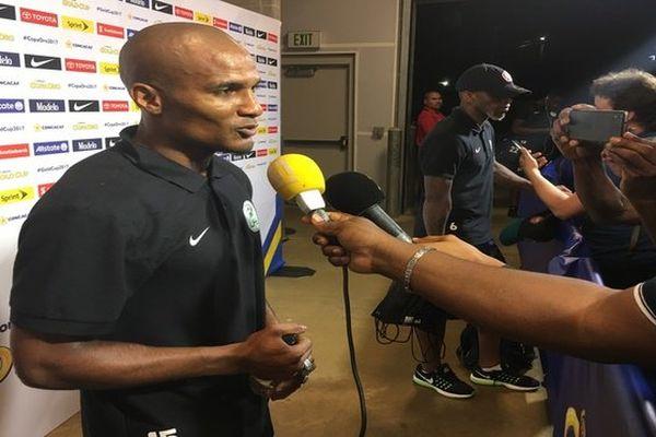 Florent Malouda en conférence de presse après le match Guyane / Honduras