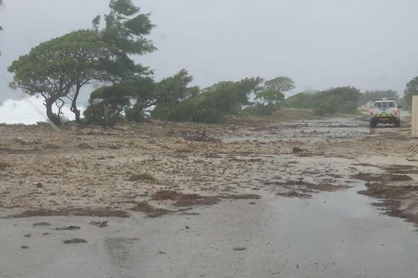 Les atolls de  Hao et Amanu subissent les caprices du mauvais temps