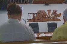Gaston Flosse au tribunal de Papeete.