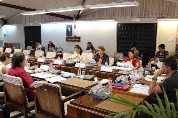 La commission de l'assemblée approuve la mise en oeuvre du Pacs