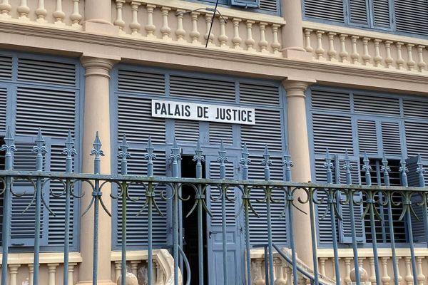 Palais de justice de Saint-Laurent-du-Maroni