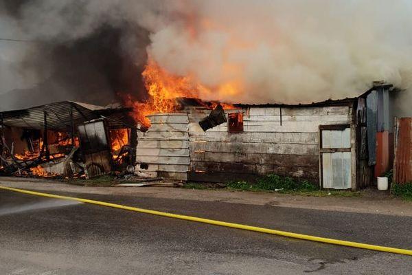 Incendie à la cité Mango
