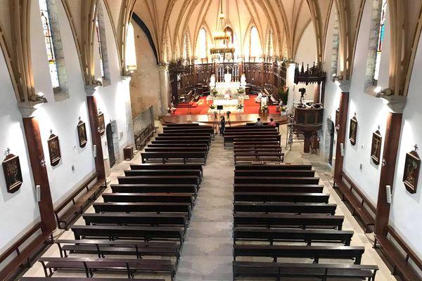 Coronavirus et confinement, messe de Pâques à huis clos à la cathédrale de Nouméa