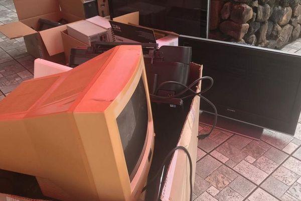 Collecte de déchets électroniques à Papeete