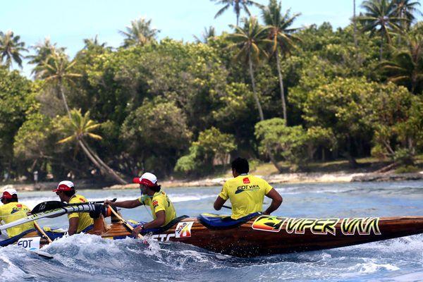 EDT va'a remporte la première étape de la Hawaiki nui va'a