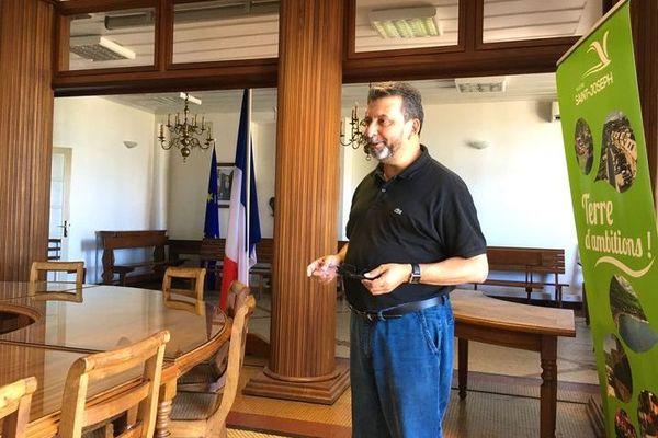 Salle du conseil municipal de Saint-Joseph - Patrick Lebreton