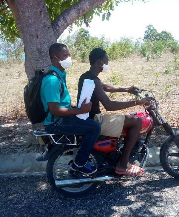 Jamaïque livraison à moto