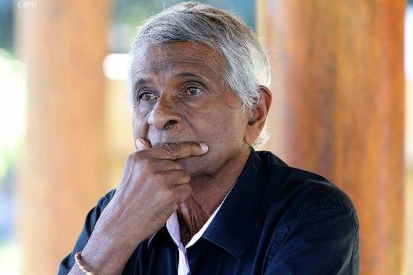 Joseph Sinimalé démissionne de ses mandats et se retire de la vie politique