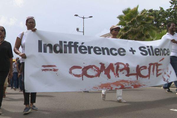 Manifestation contre la violence